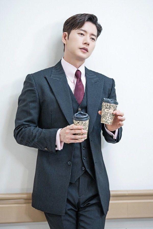 """Phim """"Secret - Bí Mật"""" của Park Hae Jin hé lộ ảnh đẹp đầy mê hoặc 5"""