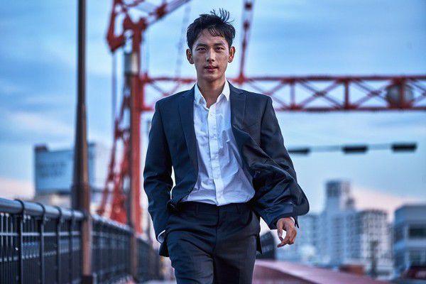 """""""Strangers from Hell"""": Lee Dong Wook cùng Im Siwan sẽ đóng chung? 3"""