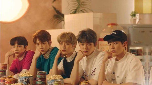 Tên Fandoom chính thức của nhóm TXT (Hàn Quốc) và ý nghĩa đặc biệt 1