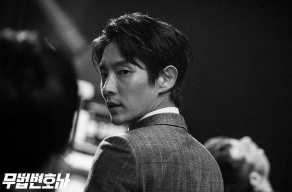 Top phim Hàn Quốc hay đề tài tội phạm và dân anh chị thế giới ngầm 9