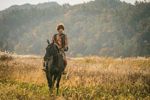 """""""Arthdal Chronicles"""": Phim bom tấn không phải chỉ có Song Joong Ki 3"""