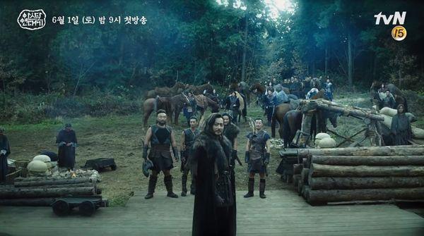 """""""Arthdal Chronicles"""" tung tạo hình nhân vật dũng mãnh của Jang Dong Gun 4"""