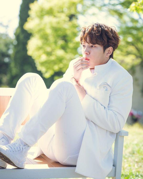 """""""Dan Only Love"""" tung Teaser tập 1, ngất ngây vẻ đẹp của mỹ nam L 33"""