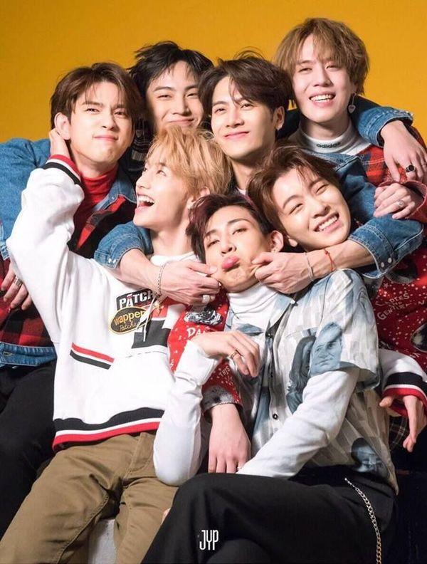 Độ tuổi trung bình của các nhóm nhạc nam Kpop tính đến năm 2019 16
