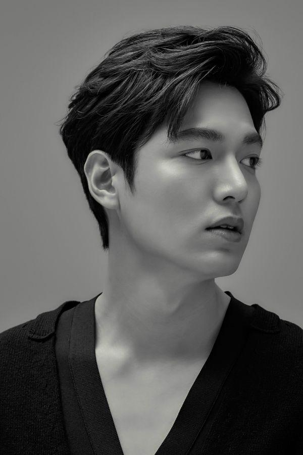 Kim Go Eun xác nhận đóng cặp cùng Lee Min Ho trong phim mới 6