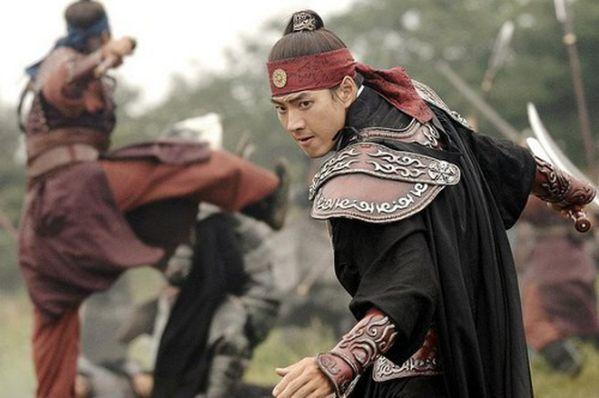 """7 phim cổ trang Hàn Quốc hay nhất gây bão hơn cả """"Arthdal Niên Sử Ký""""5"""