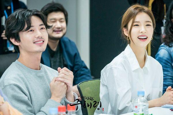 Đọc kịch bản phim, Shin Se Kyung và Cha Eun Woo đẹp tươi rạng ngời 4