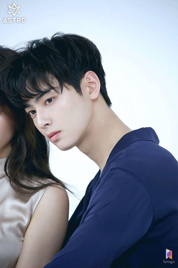 Loạt ảnh đẹp quyến rũ không góc chết của Cha Eun Woo trên tạp chí 31