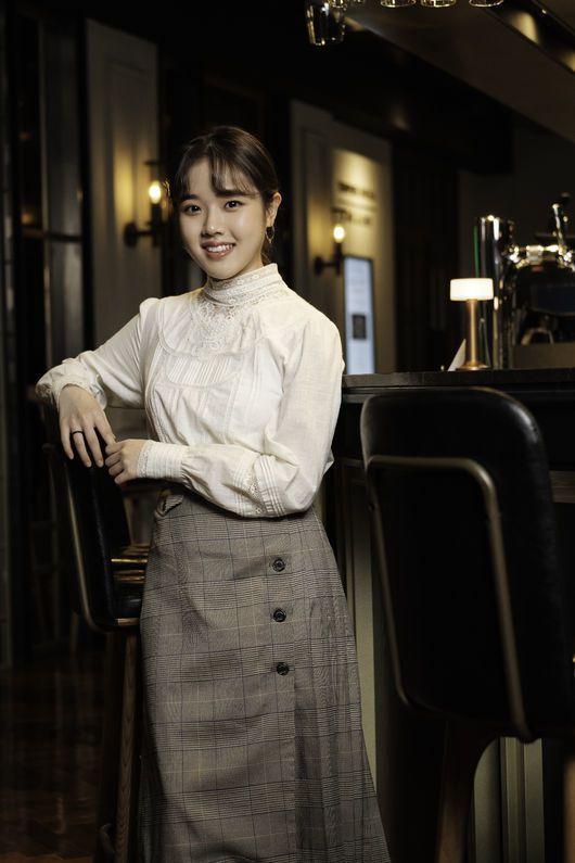 """Phim """"Moment of Eighteen"""" của Ong Seong Woo tung Poster đầu tiên 4"""