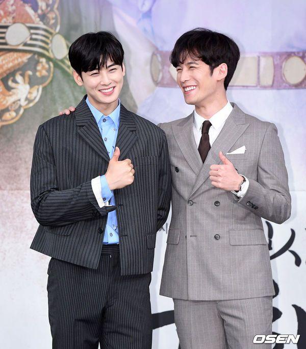 """Dàn diễn viên tham gia họp báo ra mắt """"Rookie Historian Goo Hae Ryung""""16"""