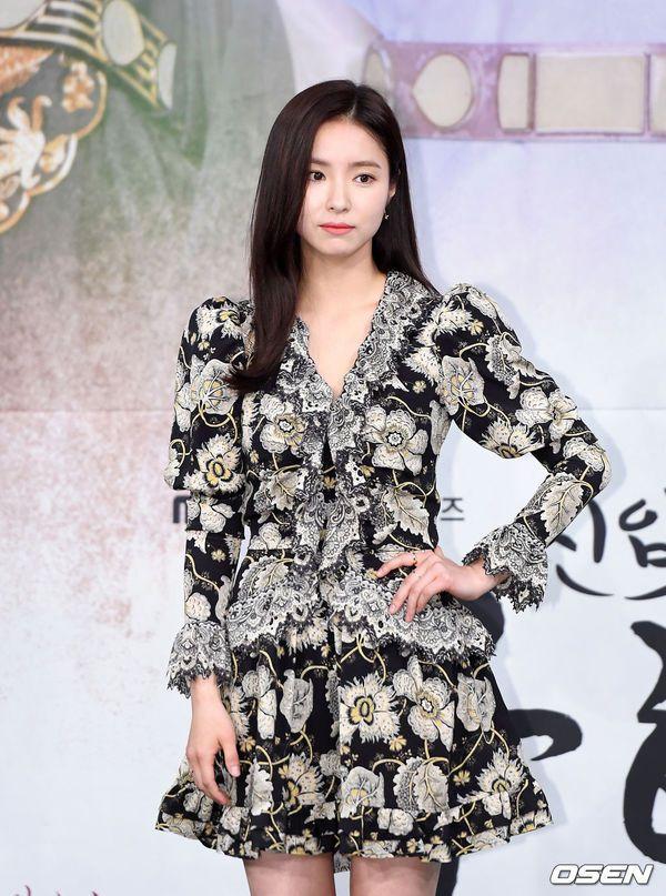 """Dàn diễn viên tham gia họp báo ra mắt """"Rookie Historian Goo Hae Ryung""""5"""