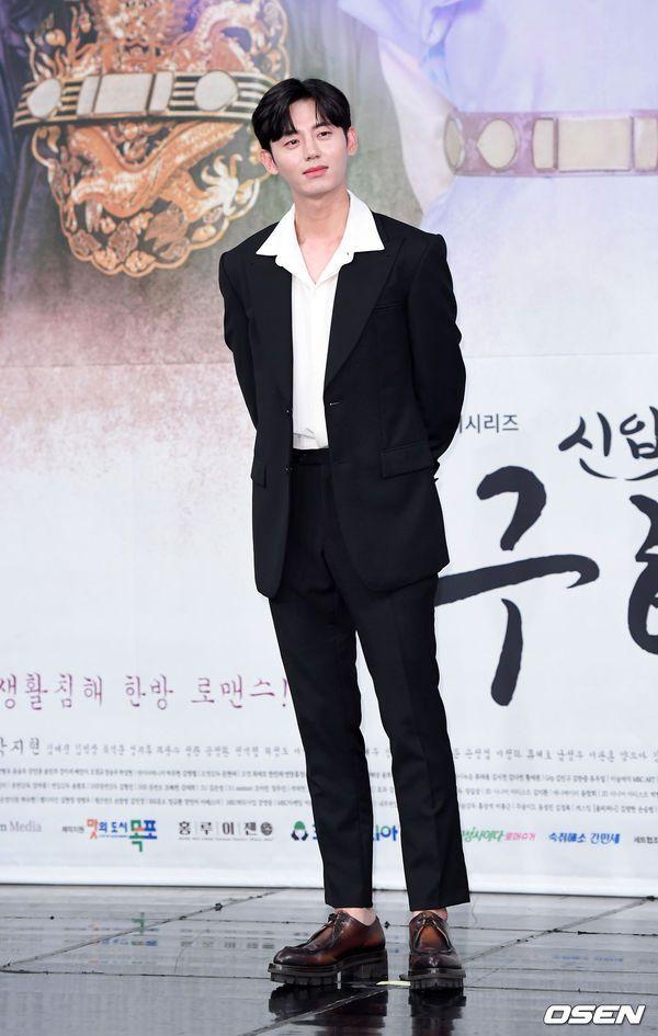 """Dàn diễn viên tham gia họp báo ra mắt """"Rookie Historian Goo Hae Ryung""""8"""