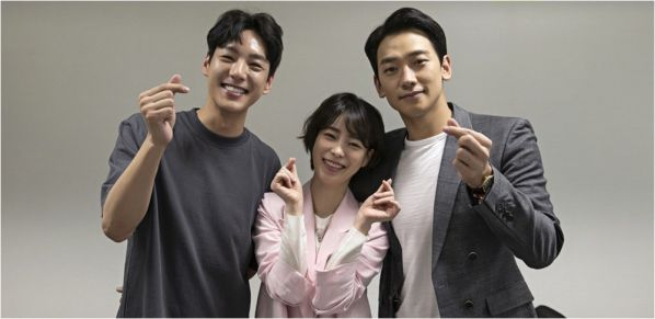 Phim Hàn mới ra mắt tháng 7/2019: Dàn nam chính đẹp và tài cùng đổ bộ 27