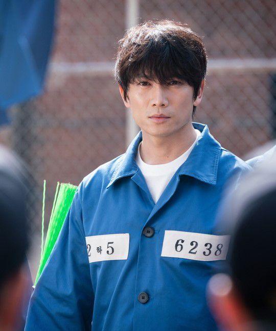 Sau 2 tập, Doctor John (Bác Sĩ Yo Han) của Ji Sung rất được khen ngợi 2