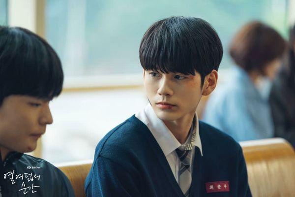 Top 10 phim truyền hình Hàn hot và nổi tiếng nhất cuối tháng 7/2019 7