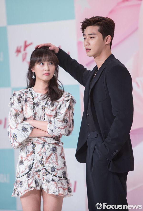 Top phim Hàn hay và có cặp đôi chính chênh lệch chiều cao đáng yêu 13