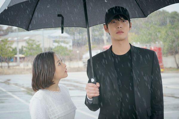 Top phim Hàn hay và có cặp đôi chính chênh lệch chiều cao đáng yêu 16