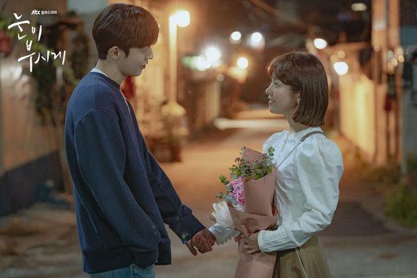 Top phim Hàn hay và có cặp đôi chính chênh lệch chiều cao đáng yêu 7