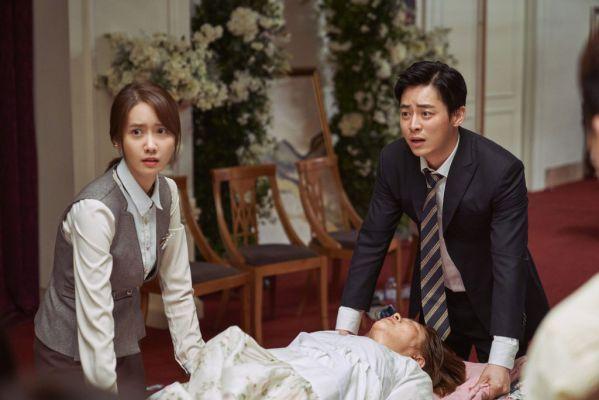 """10 phim ăn khách nhất phòng vé Hàn ngày 1/8: """"Exit"""" của Yoona đứng đầu 2"""
