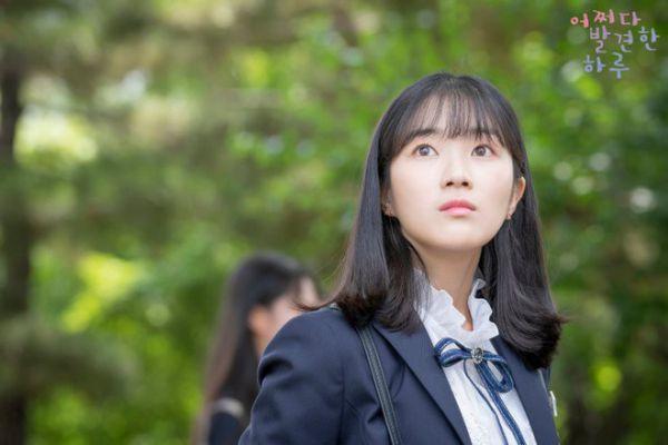 Lịch chiếu phim Hàn mới nhất tháng 9/2019: Bom tấn đối đầu bom tấn 16