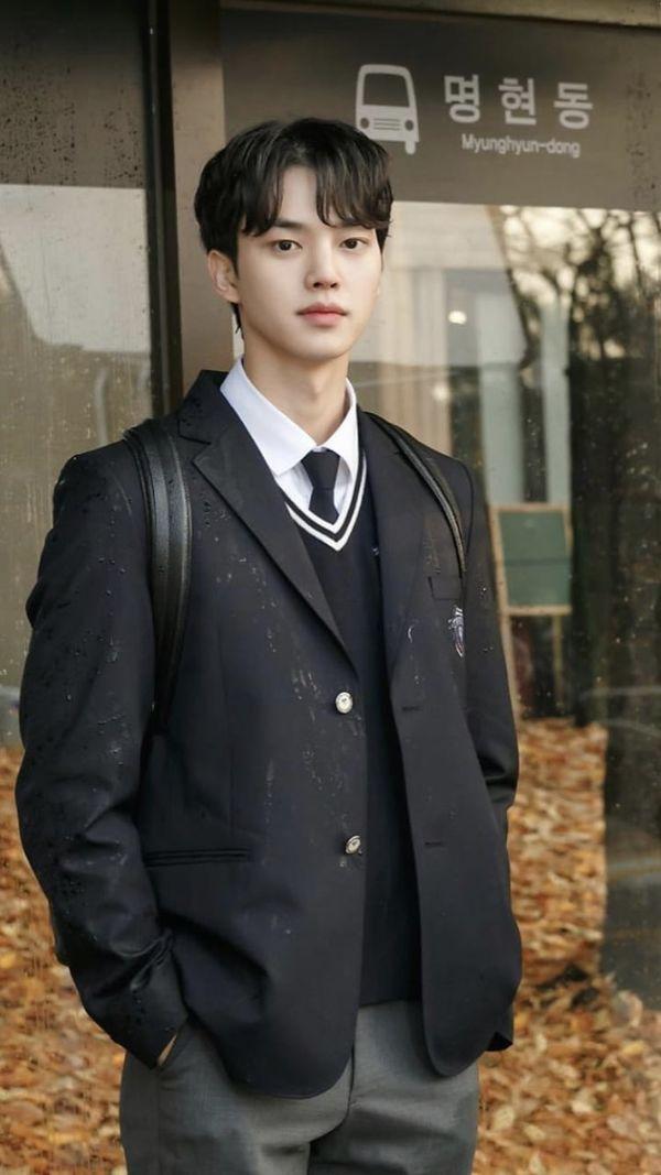 """""""Love Alarm"""" của Kim So Hyun tung Poster đặc biệt, liệu sẽ có phần 2? 13"""