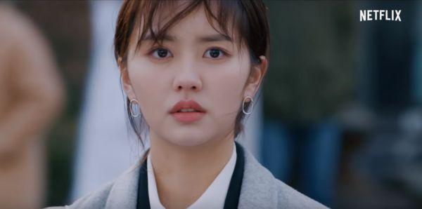 """Love Alarm"" của Kim So Hyun tung Trailer chuyện ""tình tay ba"" éo le 10"