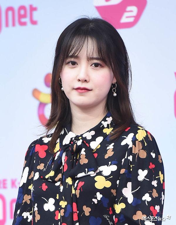 """Ahn Jae Hyun vẫn quay """"People With Flaws"""" dù Goo Hye Sun tạm giải nghệ 2"""