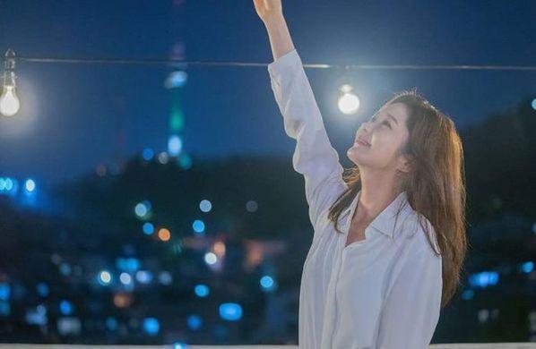 """Ngắm bộ ảnh cưới lung linh của Jang Nara và Lee Sang Yoon trong """"VIP"""" 12"""