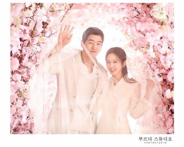 """Ngắm bộ ảnh cưới lung linh của Jang Nara và Lee Sang Yoon trong """"VIP"""" 3"""