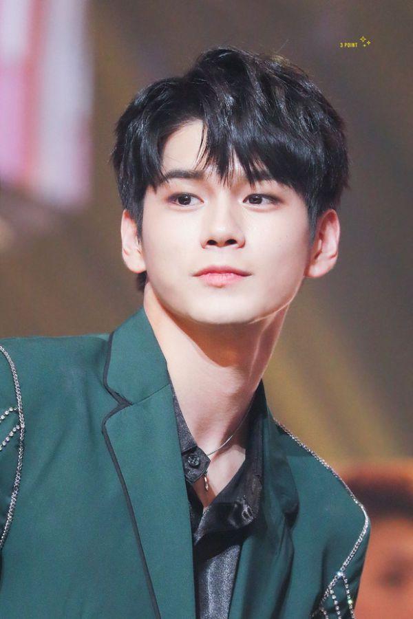 Chính thức: Dàn lineup nhóm nhạc, diễn viên tham gia AAA 2019 Việt Nam 12