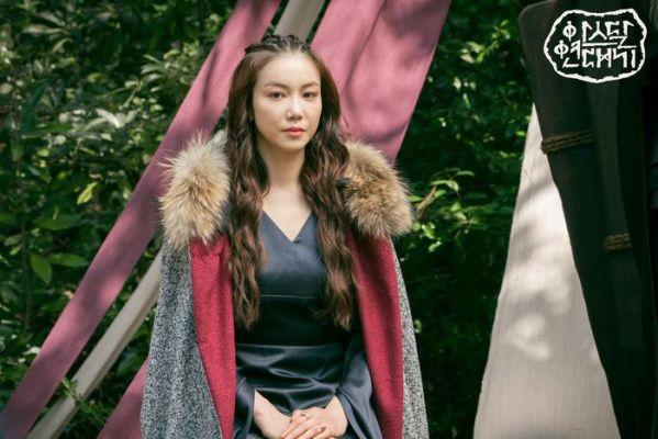 """Phải chăng Jisoo (Blackpink) sẽ trở lại phần 3 của """"Niên Sử Ký Arthdal""""? 6"""