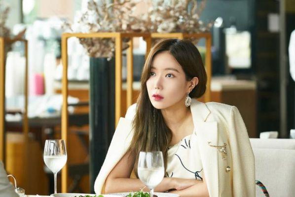 """5 phim Hàn hay nhất về đấu đá trong gia đình giống """"Graceful Family"""" 11"""
