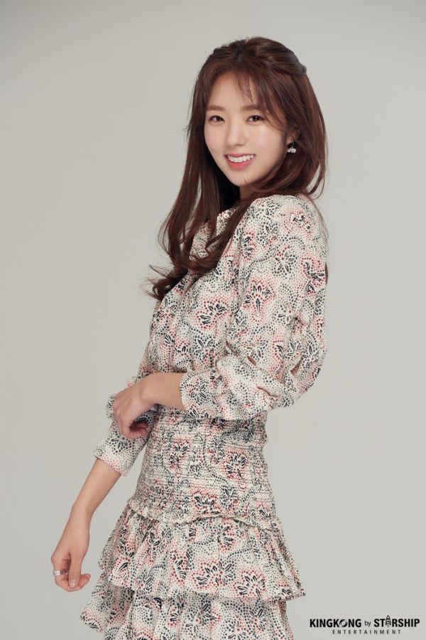 """Lee Ha Na tham gia """"Half of A Half"""" cùng Jung Hae In và Chae Soo Bin 8"""