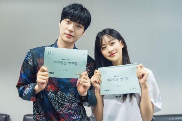 """""""People with Flaws"""" nhá ảnh đầu tiên của Ahn Jae Hyun và Oh Yeon Seo 5"""