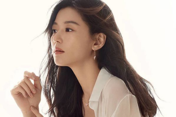 """HOT: Jun Ji Hyun sẽ tham gia phim """"Kingdom"""" mùa 2 và 3 3"""