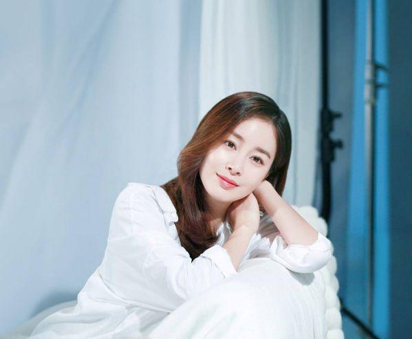 """Kim Tae Hee trở lại với bộ phim """"Hi Bye, Mama!"""" lên sóng 2020 1"""