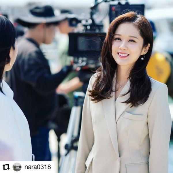 Top 10 bộ phim Hàn Quốc nổi tiếng nhất tuần 3 tháng 12/2019 2