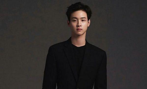"""Krystal và Jang Dong Yoon đóng chính trong phim """"Search""""6"""