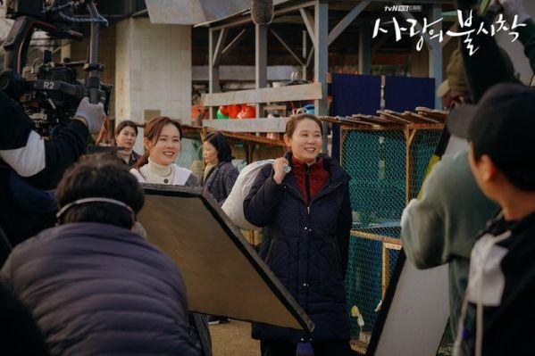 """Tập 10 """"Hạ Cánh Nơi Anh"""" đạt rating choáng váng vì Kim Soo Hyun 13"""