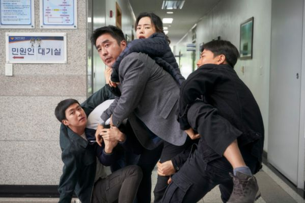 Top 11 bộ phim lẻ Hàn Quốc hay nhất và gây sốt nhất năm 2019 16