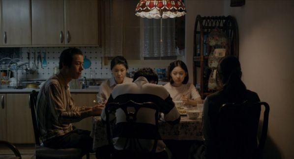 Top 11 bộ phim lẻ Hàn Quốc hay nhất và gây sốt nhất năm 2019 18