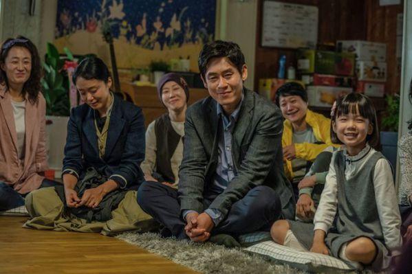 Top 11 bộ phim lẻ Hàn Quốc hay nhất và gây sốt nhất năm 2019 8