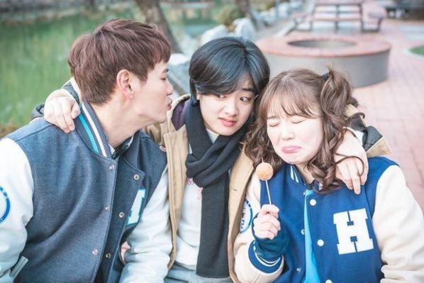 """Dàn diễn viên đỉnh cao trong """"Itaewon Class"""" của Park Seo Joon 19"""