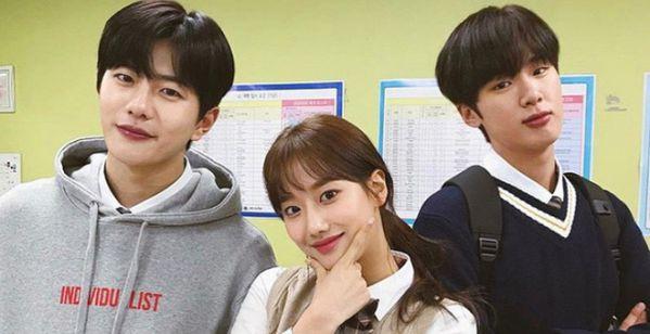 """Dàn diễn viên đỉnh cao trong """"Itaewon Class"""" của Park Seo Joon 22"""