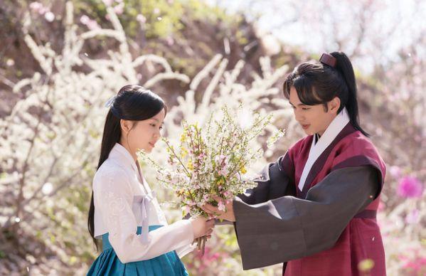 """5 phim Hàn khiến khán giả """"đắn đo"""": Team nữ chính hay Team nữ phụ?7"""