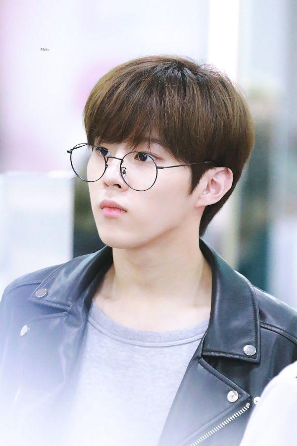 """Dàn diễn viên trong phim """"Twenty-Twenty"""" của Kim Woo Seok (X1)5"""