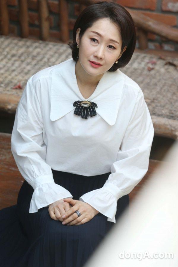 """Dàn diễn viên trong phim """"Twenty-Twenty"""" của Kim Woo Seok (X1)6"""