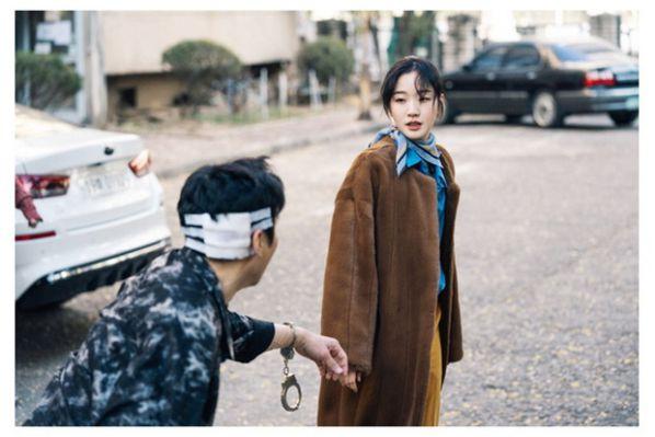 """Nhân vật của Kim Yong Ji, Woo Do Hwan trong """"Quân Vương Bất Diệt""""9"""