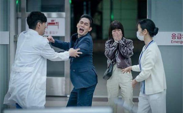 """Spoil """"Tầng Lớp Itaewon"""" tập 15 khiến mọt phim bị """"đứng tim"""" 2"""