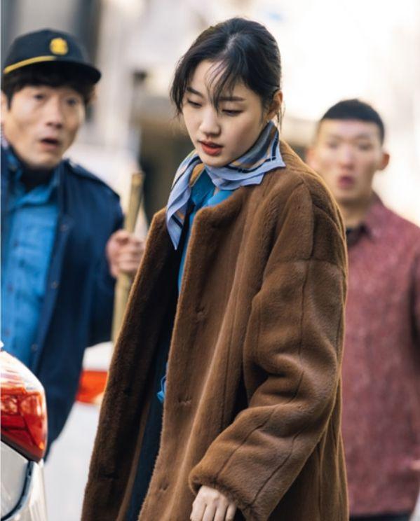 """Tạo hình của Lee Min Ho và Kim Go Eun trong """"Quân Vương Bất Diệt"""" 3"""